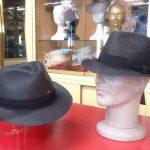 Cappelli in Sisal extrafine colore blu e nero. Ideali per la cerimonia.
